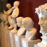 Skulpturen im Castell de Bellver