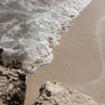 Wellenspiel in der Cala S'Aramador